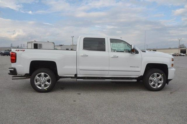 2018 Silverado 2500 Crew Cab 4x4 Pickup #C80402 - photo 7