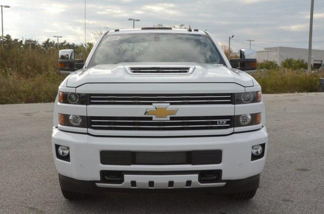 2018 Silverado 2500 Crew Cab 4x4 Pickup #C80402 - photo 9