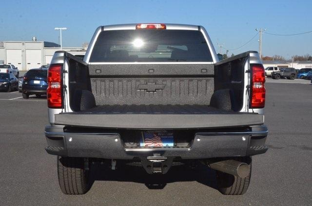 2018 Silverado 2500 Crew Cab 4x4 Pickup #C80404 - photo 5