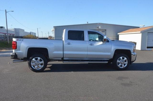 2018 Silverado 2500 Crew Cab 4x4 Pickup #C80404 - photo 7