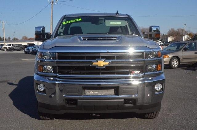 2018 Silverado 2500 Crew Cab 4x4 Pickup #C80404 - photo 9