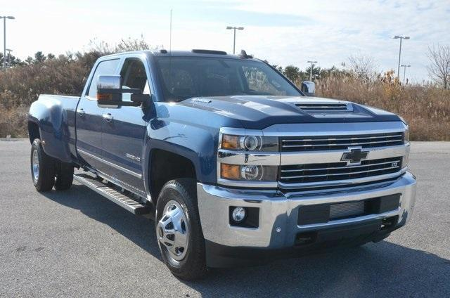 2018 Silverado 3500 Crew Cab 4x4 Pickup #C80426 - photo 8