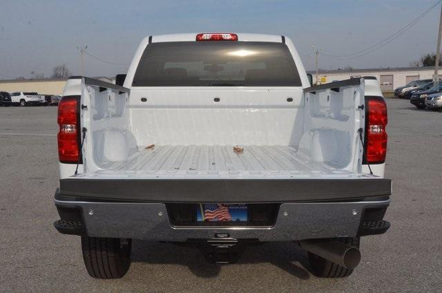 2018 Silverado 2500 Crew Cab 4x4 Pickup #C80458 - photo 5