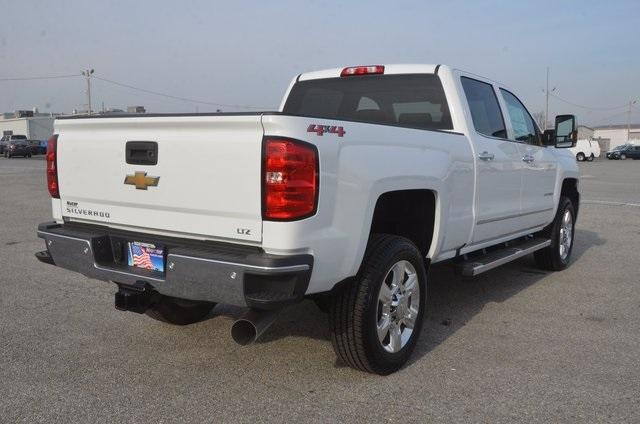 2018 Silverado 2500 Crew Cab 4x4 Pickup #C80458 - photo 6