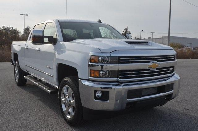 2018 Silverado 2500 Crew Cab 4x4 Pickup #C80458 - photo 8