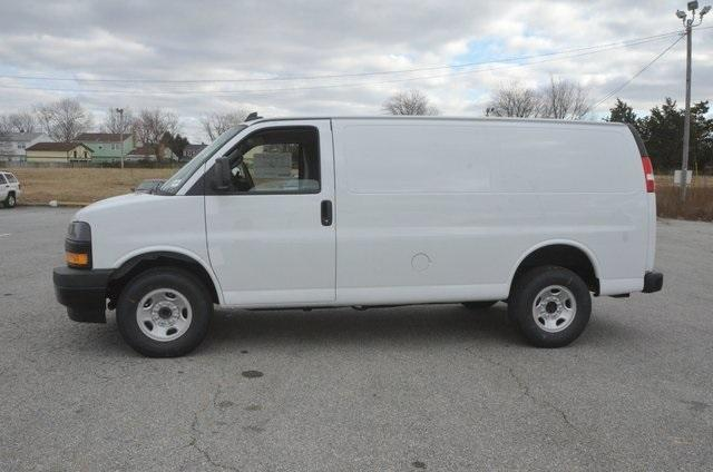 2018 Express 2500, Cargo Van #C80802 - photo 3