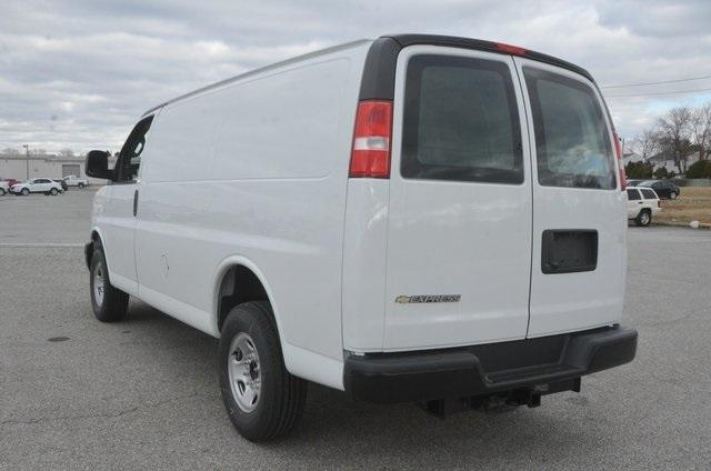 2018 Express 2500, Cargo Van #C80802 - photo 2