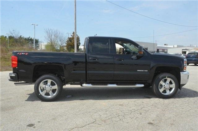 2018 Silverado 2500 Double Cab 4x4,  Pickup #C81016 - photo 7