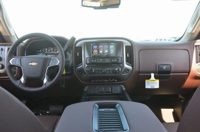 2018 Silverado 3500 Crew Cab 4x4, Pickup #C81049 - photo 10