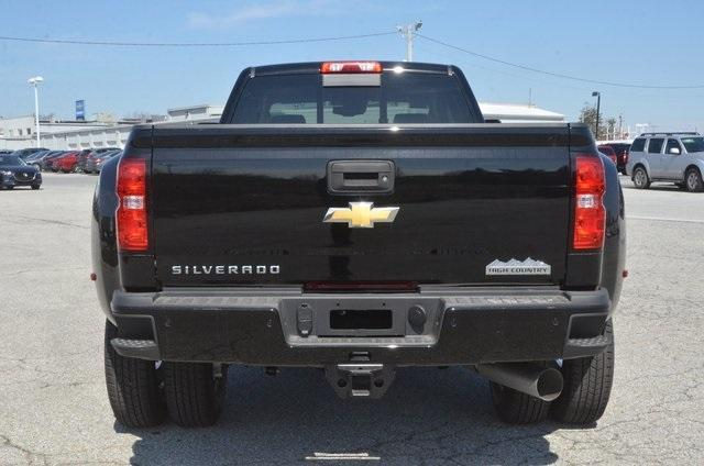 2018 Silverado 3500 Crew Cab 4x4, Pickup #C81049 - photo 4