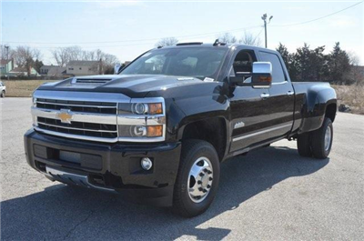 2018 Silverado 3500 Crew Cab 4x4, Pickup #C81049 - photo 1