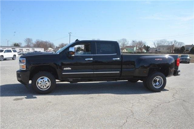 2018 Silverado 3500 Crew Cab 4x4, Pickup #C81049 - photo 3