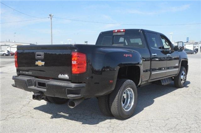 2018 Silverado 3500 Crew Cab 4x4, Pickup #C81049 - photo 6