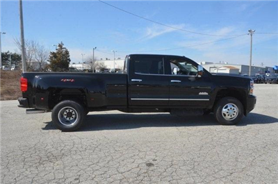 2018 Silverado 3500 Crew Cab 4x4, Pickup #C81049 - photo 7