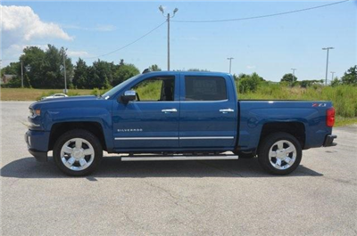 2018 Silverado 1500 Crew Cab 4x4,  Pickup #C81338 - photo 3