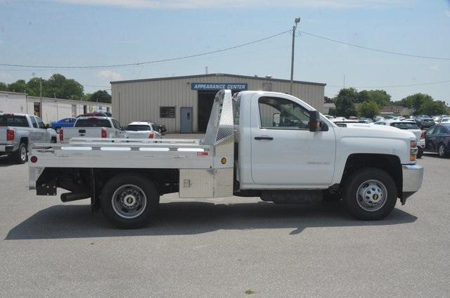 2018 Silverado 3500 Regular Cab DRW 4x2,  Hillsboro Platform Body #C81513 - photo 6