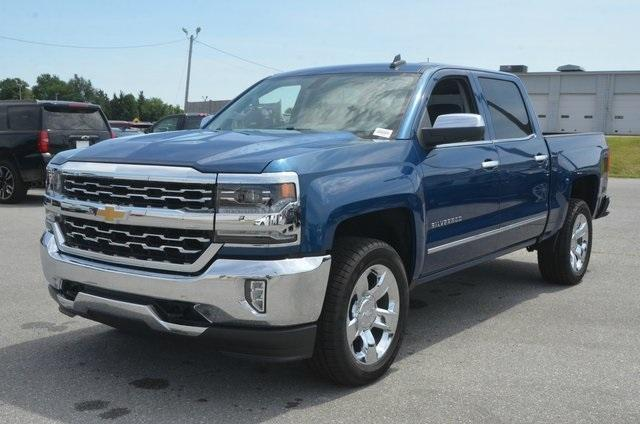 2018 Silverado 1500 Crew Cab 4x4,  Pickup #C81757 - photo 1