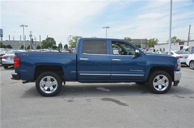2018 Silverado 1500 Crew Cab 4x4,  Pickup #C81757 - photo 7
