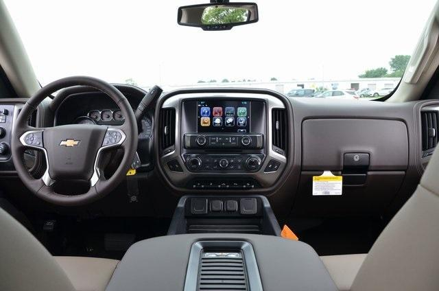 2018 Silverado 1500 Crew Cab 4x4,  Pickup #C81847 - photo 10
