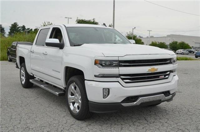 2018 Silverado 1500 Crew Cab 4x4,  Pickup #C81847 - photo 8