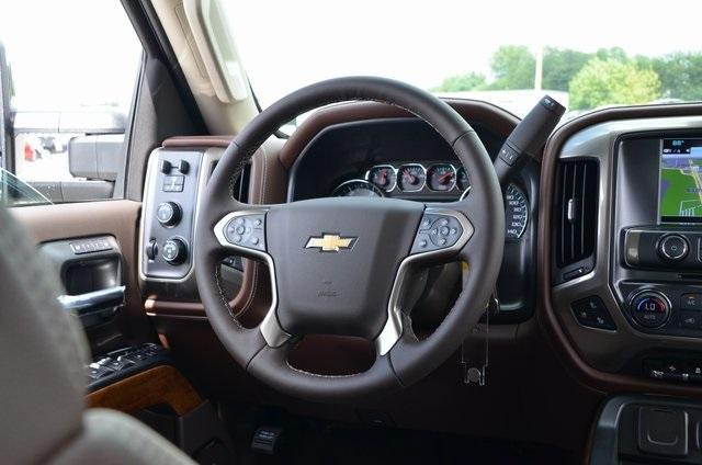 2019 Silverado 2500 Crew Cab 4x4,  Pickup #C90015 - photo 11