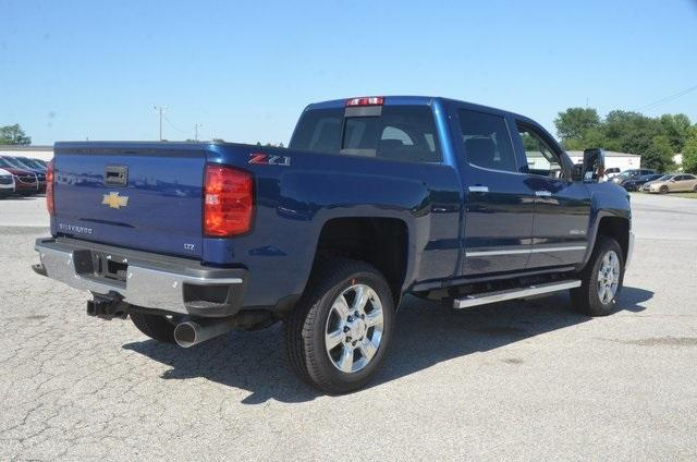 2019 Silverado 2500 Crew Cab 4x4,  Pickup #C90017 - photo 6