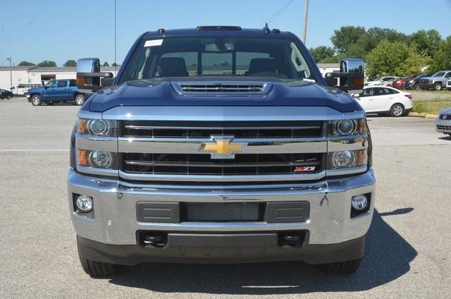 2019 Silverado 2500 Crew Cab 4x4,  Pickup #C90017 - photo 9