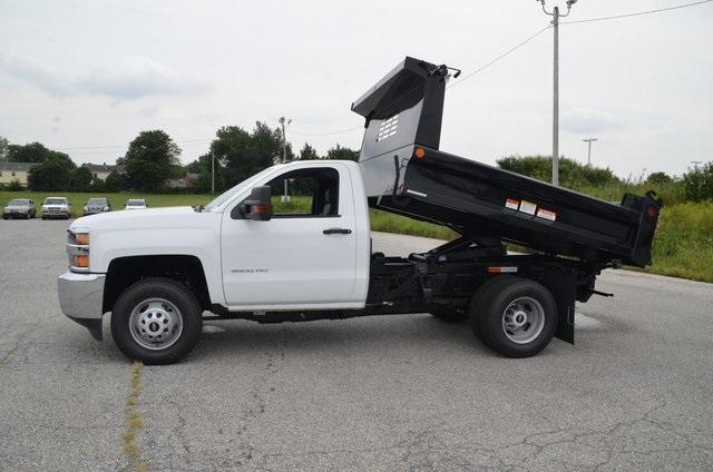 2019 Silverado 3500 Regular Cab DRW 4x4,  Reading Marauder SL Dump Body #C90067 - photo 13