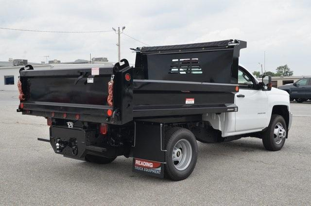 2019 Silverado 3500 Regular Cab DRW 4x4,  Reading Marauder SL Dump Body #C90067 - photo 5