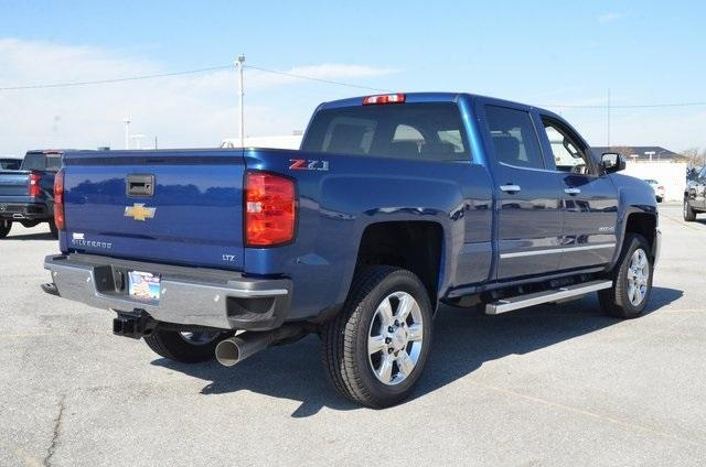 2019 Silverado 2500 Crew Cab 4x4,  Pickup #C90240 - photo 6