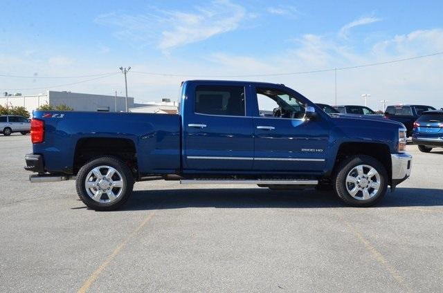 2019 Silverado 2500 Crew Cab 4x4,  Pickup #C90240 - photo 7