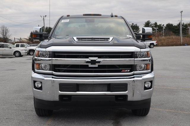 2019 Silverado 3500 Crew Cab 4x4,  Pickup #C90441 - photo 9
