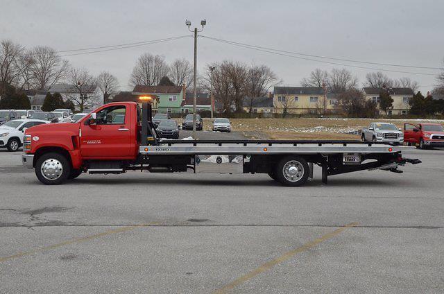 2019 Chevrolet Silverado 6500 Regular Cab DRW 4x2, Miller Industries Rollback Body #C92037 - photo 1