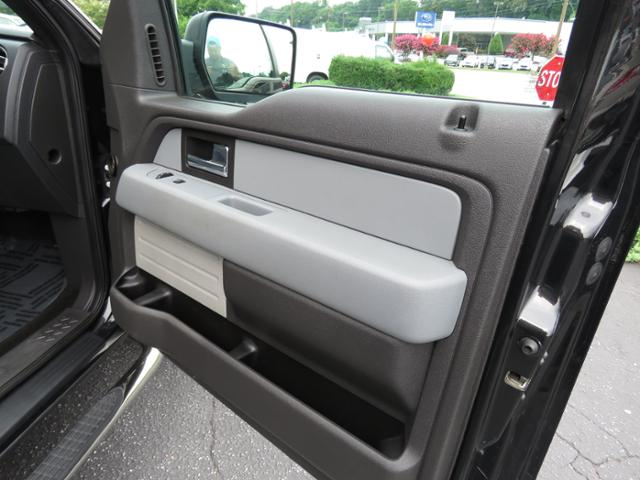 2013 F-150 SuperCrew Cab 4x2,  Pickup #75327A - photo 19