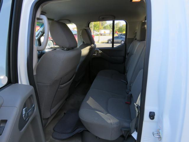 2016 Frontier Crew Cab,  Pickup #76414B - photo 7