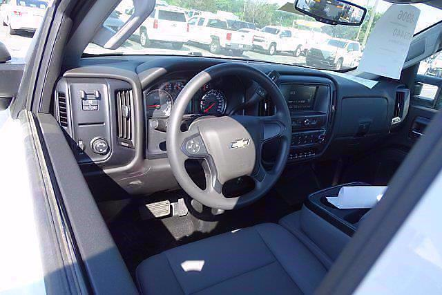2020 Silverado 5500 Regular Cab DRW 4x2,  Cab Chassis #CL39440 - photo 6