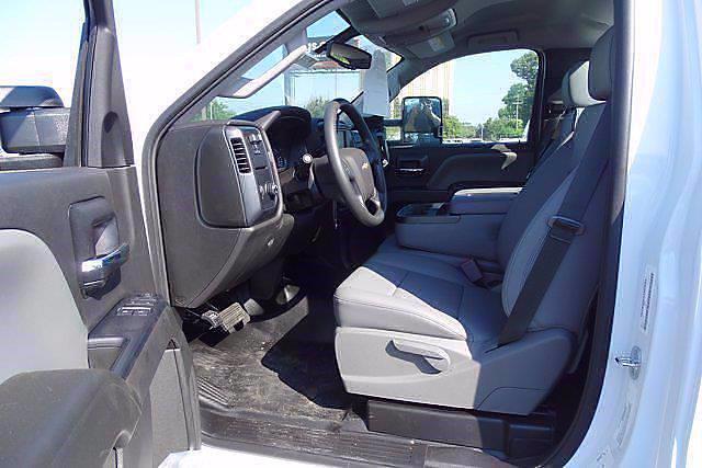 2020 Chevrolet Silverado 5500 Regular Cab DRW 4x2, Cab Chassis #CL39440 - photo 7