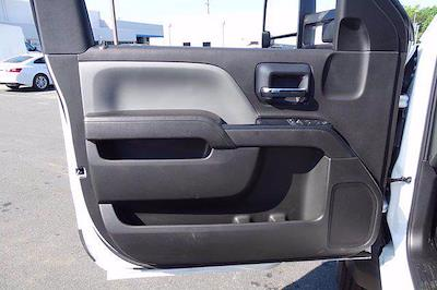 2020 Chevrolet Silverado 5500 Regular Cab DRW 4x2, Cab Chassis #CL39440 - photo 10