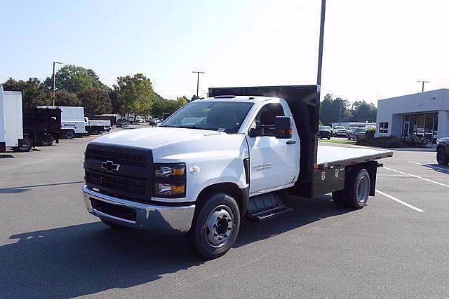 2020 Silverado 4500 Regular Cab DRW 4x2,  PJ's Truck Bodies Platform Body #CL73633 - photo 5