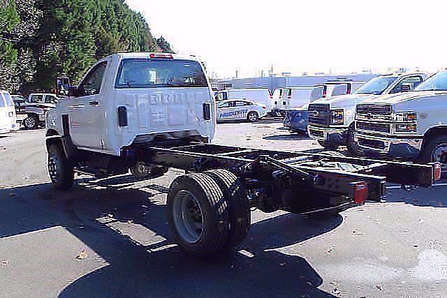 2020 Silverado 4500 Regular Cab DRW 4x4,  Cab Chassis #CL91226 - photo 2