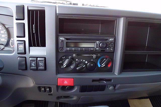 2021 LCF 4500 Crew Cab 4x2,  Cab Chassis #CM00753 - photo 14