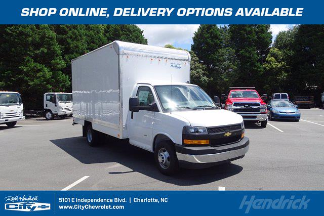 2021 Chevrolet Express 3500 4x2, Bay Bridge Cutaway Van #CM01815 - photo 1
