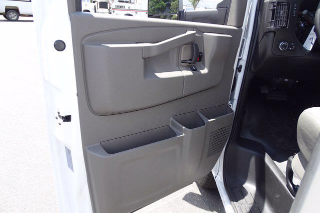 2021 Chevrolet Express 3500 4x2, Bay Bridge Sheet and Post Cutaway Van #CM01815 - photo 13