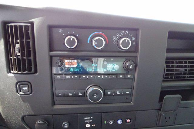 2021 Chevrolet Express 3500 4x2, Bay Bridge Sheet and Post Cutaway Van #CM01815 - photo 17