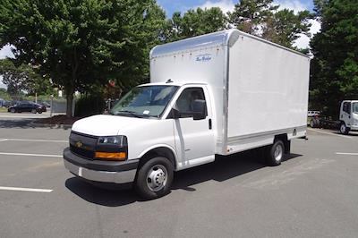 2021 Chevrolet Express 3500 4x2, Bay Bridge Sheet and Post Cutaway Van #CM01815 - photo 3