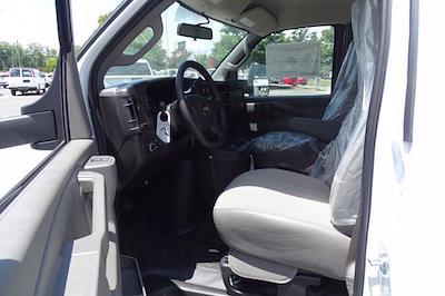 2021 Chevrolet Express 3500 4x2, Bay Bridge Sheet and Post Cutaway Van #CM01815 - photo 9