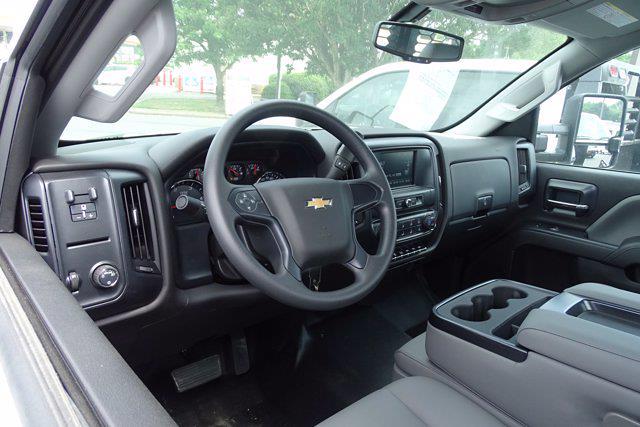 2021 Chevrolet Silverado 3500 Crew Cab AWD, Hillsboro Platform Body #CM03243 - photo 5