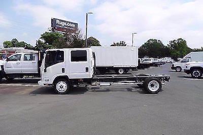 2021 LCF 4500 Crew Cab 4x2,  Cab Chassis #CM03527 - photo 3