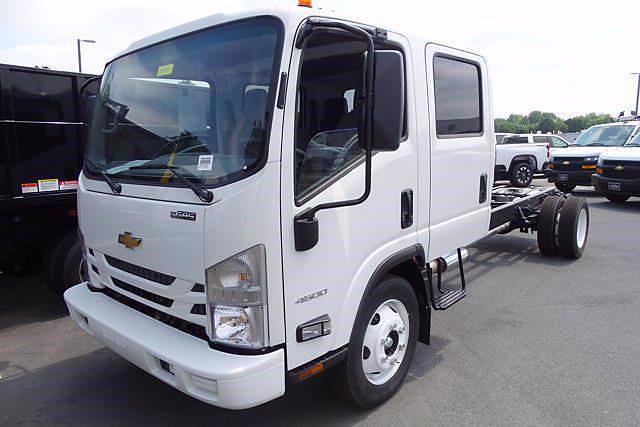 2021 Chevrolet LCF 4500 4x2, Cab Chassis #CM03693 - photo 2