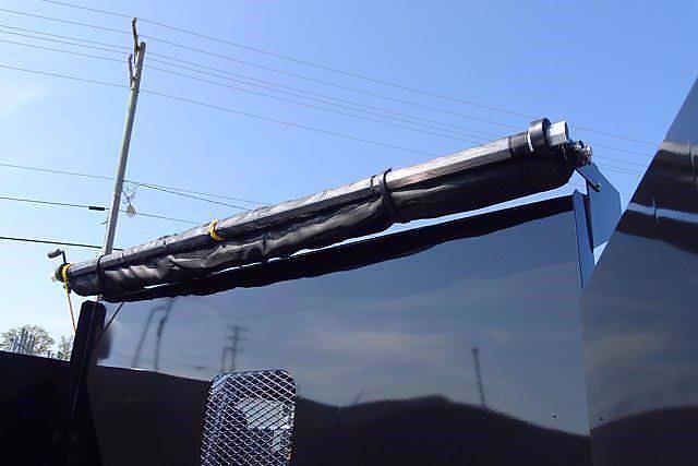 2021 LCF 4500 Regular Cab 4x2,  PJ's Truck Bodies Landscape Dump #CM04724 - photo 8